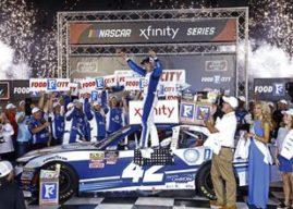 Kyle Larson looks for a sweep on NASCAR's Bristol bullring