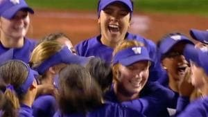 Washington storms passed Kentucky and advances to the WCWS